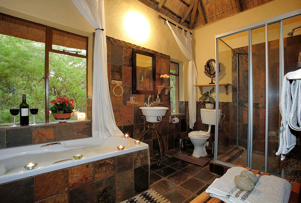 bathroom at Melorani Safaris hunters lodge
