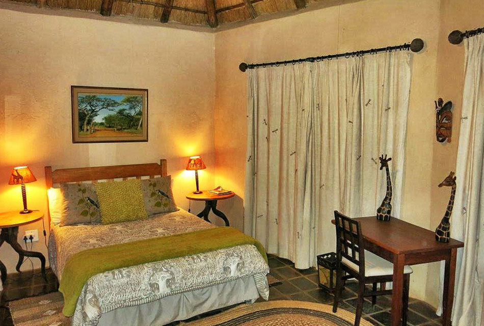 Double Bed at Melorani Safaris Hunting Lodge